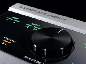 native instruments 39 komplete audio 6 now available sonicscoop. Black Bedroom Furniture Sets. Home Design Ideas