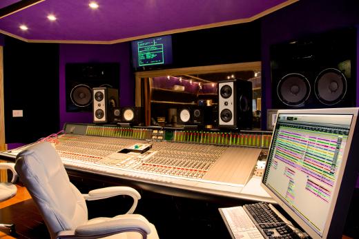 Recording studio sweet spot 440 sound studios woodlawn park nj sonicscoop for Recording studio live room design
