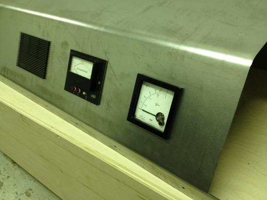 Studio Phase Meter : To mock the stupendous mechanism designing