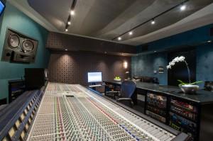 Larrabee's new Studio 4