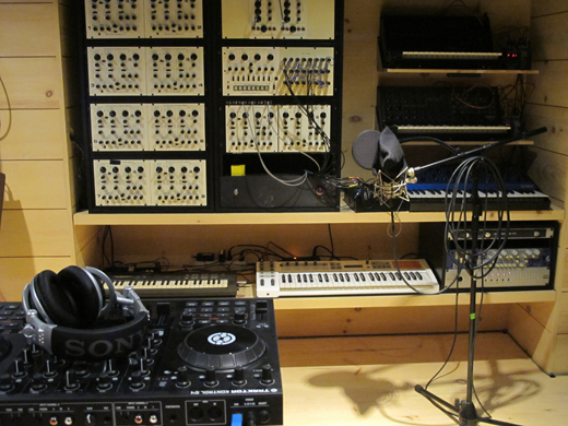 New tools for new sounds: Traktor decks in the foreground.