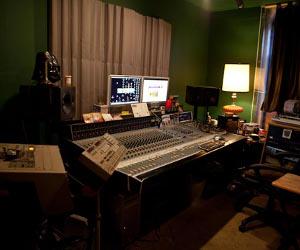 """Studio Event: The Fort Brooklyn """"Black Tie"""" Benefit Rock Show, Sat. 4/20"""