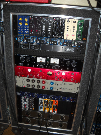 Multiple 500 modules, Wunder Audio, are among the many options.
