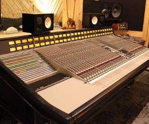 Console Switch: How The Bunker Installed Its SSL 4000 E — Step by Step