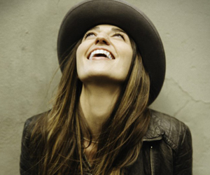 Behind The Release: Sara Bareilles <i>The Blessed Unrest</i>