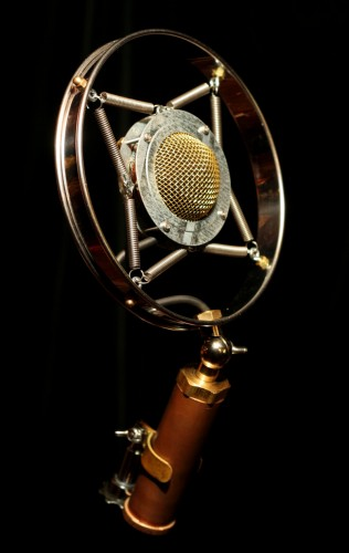 Ear Trumpet Labs Releases Myrtle Microphone -- Early