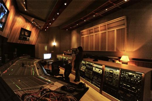 Recording retreats pilot recording studios berkshire for Recording studio design