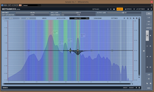 Note the reduction at 958 Hz, triggered from the sidechain fed by a synth lead