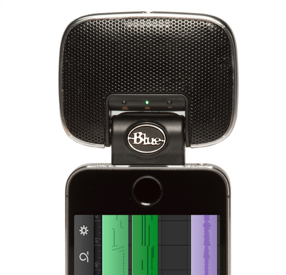 Audio on The Go: 4 of the Best Last-Minute Stocking Stuffers for 2015