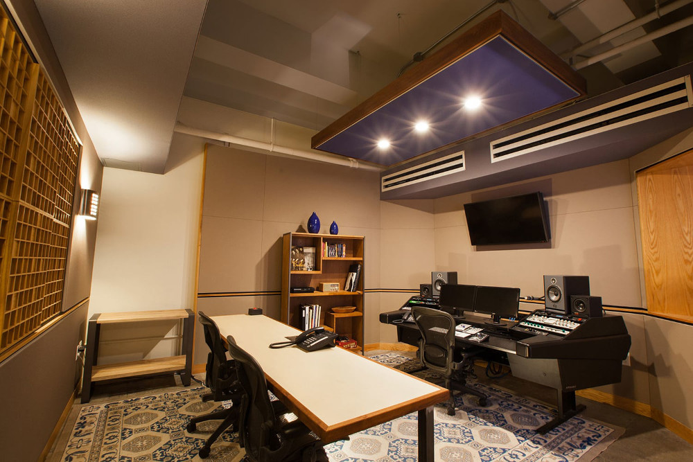 Studio B control room. A stereo room for recording, editing and mixing, featuring Focal monitoring, custom producer's table and an intimate vibe.