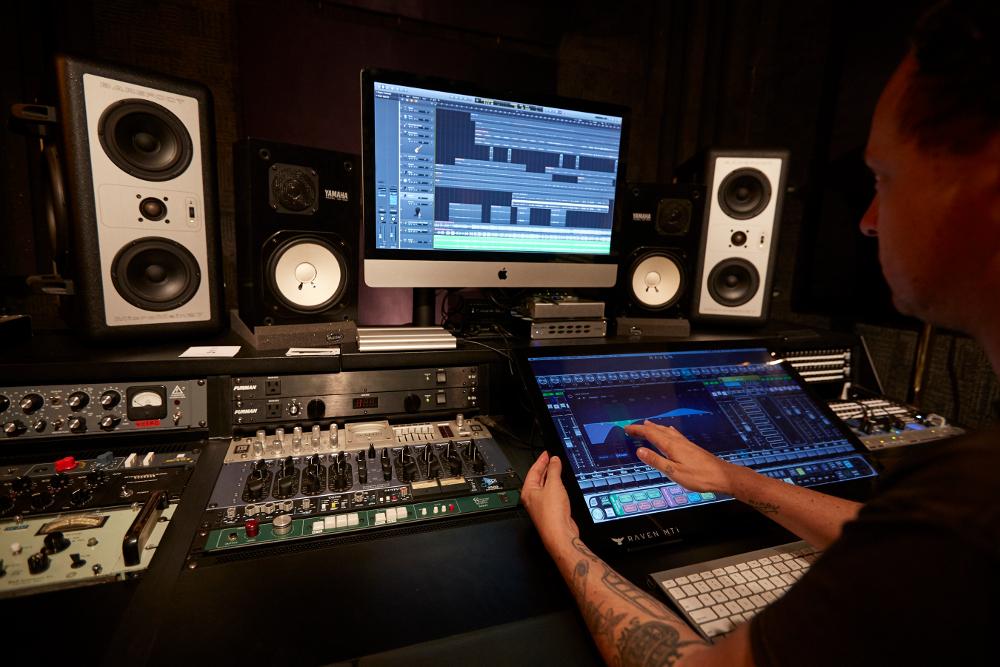 Recording Studio Sweet Spot: The Submarine – Bushwick, Brooklyn