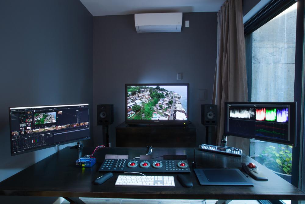 5  Blue Table Post Color Grading Suite v2 67441000 — SonicScoop