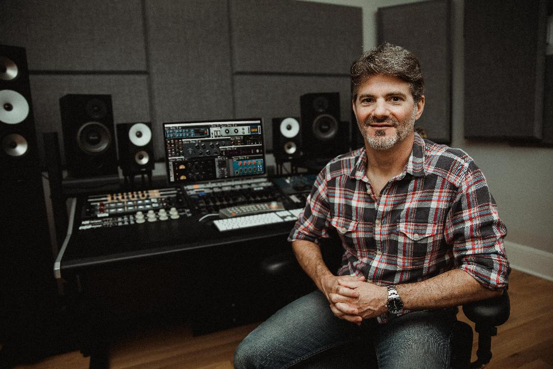 3 Techniques: Universal Audio Studer A800 Multichannel Tape Recorder — with Mixer Jacquire King